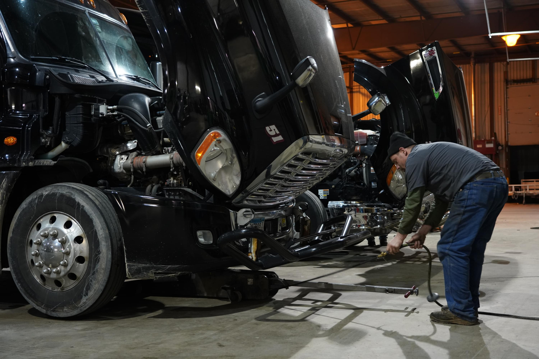 Smith Trucking